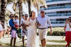 Fotografia de Casamento - Elopement Wedding - Ailine & Jobson - Riviera de São Lourenço Bridesmaid Dresses, Wedding Dresses, Fashion, Wedding On The Beach, Wedding Shot, Couple, Vestidos, Events, Bridal Dresses