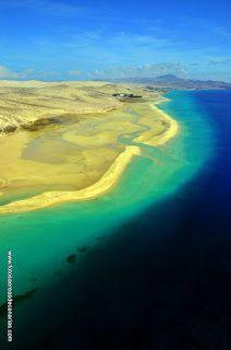 FUERTEVENTURA - FOTOS AEREAS DE CANARIAS Free Mind, Island Design, Beach Bars, Canario, Island Beach, Canary Islands, Tenerife, Best Hotels, Travel Ideas