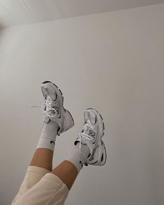 Nike Socks and New Balance Sneakers Swag Shoes, Kd Shoes, Hype Shoes, Me Too Shoes, Running Shoes, Sneakers Fashion, Fashion Shoes, Girl Fashion, Fashion Outfits