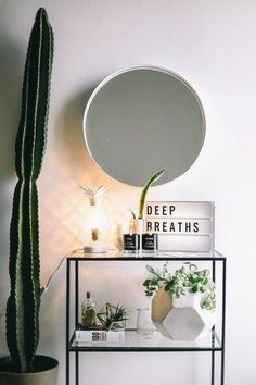 Dorm room inspiration ideas Back On Campus: The Shelfie Urban Outfitters B – All For Decoration Urban Bedroom, Home Bedroom, Bedroom Decor, Urban Rooms, Bedroom Mirrors, Bedroom Ideas, Bedrooms, Bedroom Inspo, Ideas Decorar Habitacion