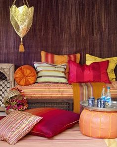 I absolutely love the Moroccan style home decor. That was my favorite part about visiting - I wanted to buy everything!