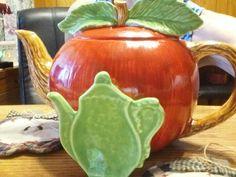 Apple teapot