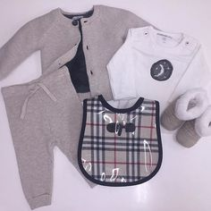 #studiokidz style-collage, bring home baby in style and comfort... outfit: #noppies  Bib: #minimaniacsbibs  Booties : #mayoral  Only the best for your newborn @studiokidz #collage #babylove #mommyapproved #babyapproved #mommylove #montage #mtl #montreal #boutique #newborn #Burberry #bib #coolkids