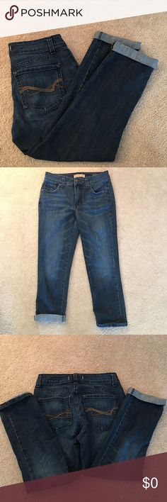 """🆕⬆️Vintage America Collection Jeans. Sz 2🆕⬆️BoHo 🆕⬆️Vintage America Collection BoHo; Jeans. Measurements: 22"""" inseam (variable bc of role, but has stitching... shortest is 20.5""""), 9"""" rise. PLEASE LOOK AT ALL PICTURES-they are part of the description-I bundle, offer 10% off multiple items, ship quick, & bundle. OPEN TO OFFERS & Negotiations (which I am more than willing to discuss FAIR offers!!) however, they will ONLY CONSIDERED through using the """"OFFER"""" BUTTON PLEASE!🆕⬆️ American…"""