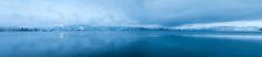 Morgens am See 01 – Eine diffuse Decke aus Nebel und Spiegelung im Wasser. Dazwischen eine scharf geschnittene Schicht Ufer. 2015, MD | © www.piqt.de | #PIQT