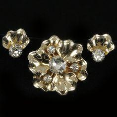 Rhinestone Goldtone Petal Brooch Earrings Jewelry Set Vtg.