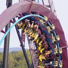 Batman at Six Flags New England.  @sfnewengland @sfne_online @sixflags #batman #batmanvssuperman #thedarkknight #rollercoaster #bollogerandmabillard #steel #floorlesscoaster