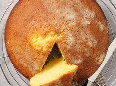 Découvrez la recette Recette Thermomix gâteau au yaourt sur cuisineactuelle.fr.
