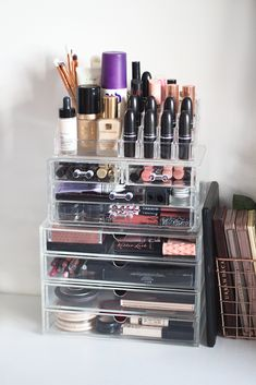 Makeup Storage Tour.