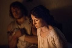 Here are some new pics of Sam Heughan, Caitriona Balfe, and Duncan Lacroix in 1x16 of Outlander More after the jump! - Source : Outlander-Starz |Via