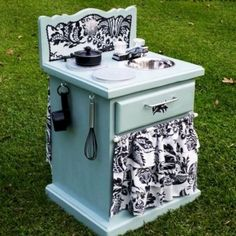 19 Amazing Kitchen Decorating Ideas 2019 Thrifted old end table becomes a DIY play kitchen for kids. Looks like so much fun! The post 19 Amazing Kitchen Decorating Ideas 2019 appeared first on Furniture ideas. Refurbished Furniture, Repurposed Furniture, Furniture Makeover, Painted Furniture, Dresser Repurposed, Bedroom Furniture, Vintage Furniture, Kitchen Furniture, Diy Furniture Repurpose