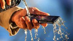 Τι να κάνετε αν το κινητό σας πέσει στο νερό!