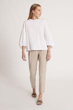 Fabiana Filippi Damen Shirt mit Ballonärmel Weiss | SAILERstyle Pullover, 21st, Normcore, Shirts, Style, Fashion, Knit Jacket, Cotton, Gowns
