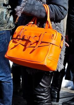 Next Handbags to Consider for Your Wardrobe: Fall 2013 Must-Haves in Hot Runway Photos
