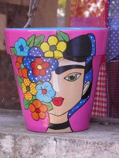 Crafts are fun experiences all of us can enjoy, providing we know how to sample our squares. Clay Pot Projects, Clay Pot Crafts, Diy And Crafts, Arts And Crafts, Painted Clay Pots, Painted Flower Pots, Hand Painted, Flower Pot Art, Flower Pot Crafts
