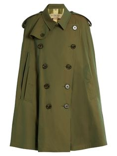 BURBERRY Point-Collar Cotton Double-Breasted Cape. #burberry #cloth #cape