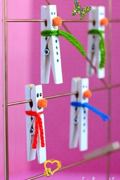 25 Easy Snowman Craft Ideas for When It's Too Cold to Go Outside Gifts to Delight the Whole Family FUN CHRISTMAS DECOR AND GIFT IDEAS 2019 CRAFTS & DIY PROJECTS 21 BEST CHRISTMAS CRAFTS FOR KIDS 30 EASY THANKSGIVING CRAFT FOR KIDS 25 WINTER CRAFTS FOR YOUR NEXT SNOW DAY 65 EASY HALLOWEEN CRAFTS YOU CAN DIY THIS FALL 60<br> The best part? They don't melt!