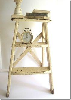 plans to build an antique step ladder via @Remodelaholic .com