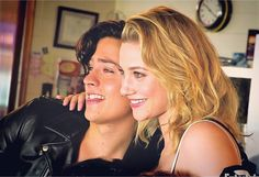 Cole Sprouse and Lili Reinhart! ♥