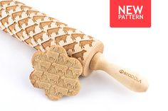 Engraved rolling pin with Cow pattern #rollingpin #cow #stodola