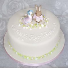 This delicate and pretty Beatrix Potter cake with Jemima Puddle Duck and Flopsy Bunny and is perfect for birthdays and christenings and available in Edinburgh and Glasgow Baby Girl Christening Cake, Bunny Birthday Cake, 3rd Birthday, Beatrix Potter Cake, Dedication Cake, Peter Rabbit Cake, Cake Online, Girl Cakes, Celebration Cakes