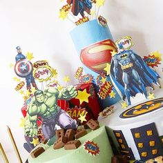Four cakes on a huge board, retro speech bubbles and bright Buttercreme to match. Wafer Paper Cake, Paper Flowers, Bubbles, Comic Books, Bright, Cakes, Photo And Video, Comics, Retro