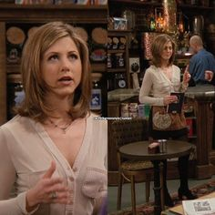 Jennifer Aniston as Rachel Green on Friends, Episode (The One Where Eddie Won't Go). Wearing: White V-neck Button Down Estilo Rachel Green, Rachel Green Hair, Rachel Green Style, Rachel Green Friends, Rachel Green Outfits, Jennifer Aniston Style, Jenifer Aniston, Fashion Tv, Green Fashion