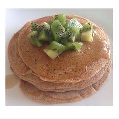 """9,350 Me gusta, 499 comentarios - Sascha Barboza (@saschafitness) en Instagram: """"Me encanta desayunar panquecas!! (Habia olvidado subir la foto) me como hace lentamente todas las…"""""""