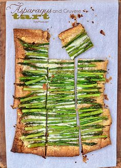 Store-bought puff pastry makes this simple, 3 ingredient Asparagus and Gruyere Tart a snap to make! Serve as an appetizer or side, it's impressive and sophisticated enough for any dinner, brunch or party. Watch the recipe video and make it today! Tart Recipes, Side Dish Recipes, Appetizer Recipes, Appetizers, Cooking Recipes, Quiches, Asparagus Recipe, Asparagus Tart, Great Recipes