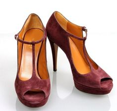 Gucci Suede Betty T-strap Platform 269713 New Burgundy Pumps. Get the must-have pumps of this season! These Gucci Suede Betty T-strap Platform 269713 New Burgundy Pumps are a top 10 member favorite on Tradesy. Save on yours before they're sold out!