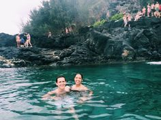 Queens Bath A full list of the best things to do and see while visiting the beautiful island of Kauai. You won't want to miss out on this fab list by Topaz & Sapphire.