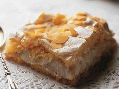 Fruit Bread, Home Bakery, Baked Donuts, Little Cakes, Trifle, Coffee Cake, Tart, Nom Nom, Deserts