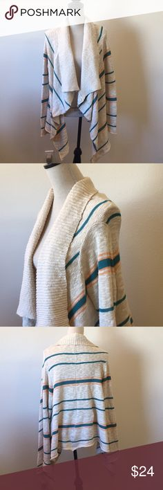 Rip Curl Waterfall Cardigan Shawl Cream knit open cardigan with teal and light orange stripes. The orange is like an orange sherbet color. Perfect for spring and summer all the way into fall. Cute over jeans and sundresses. Soft 90% cotton, 10% acrylic. 🚫No Trades Rip Curl Sweaters Cardigans