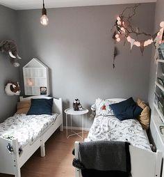 shared room..