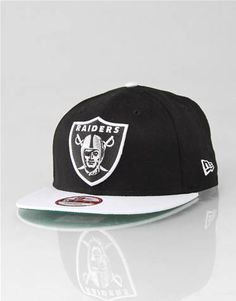 New Era White Top Oakland Raiders Snapback Cap