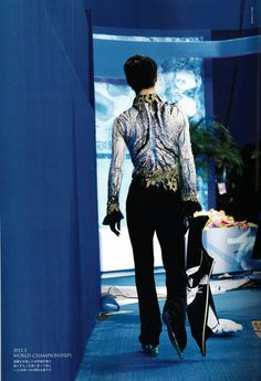 From the back: Yuzuru Hanyu