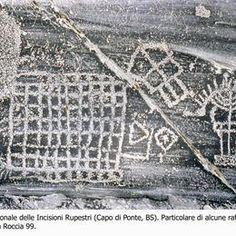 ♕ℛ. UNESCO. ITALY. Rock Drawings in Valcamonica, photo by  ©Elisabetta Roffia