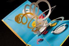 Resultado de imagem para how to create pop up book David Carter, Origami Templates, Box Templates, Montessori Art, Library Art, Up Book, Foam Crafts, Pop Up Cards, Kirigami