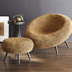 38 Easy DIY Recycle Old Tire Furniture Projects for Home Decor Tire Furniture, Diy Furniture Decor, Furniture Projects, Furniture Design, Furniture Buyers, Plywood Furniture, Rustic Furniture, Chair Design, Furniture Websites