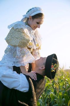 Cuople photoshoot in traditional Slovak costume from Trnava (woman) and Trenčín (man), from region Považie in Western Slovakia. Beautiful Costumes, Beautiful Outfits, Beauty Around The World, Ethnic Outfits, Folk Costume, People Of The World, Ethnic Fashion, Anthropology, Folklore
