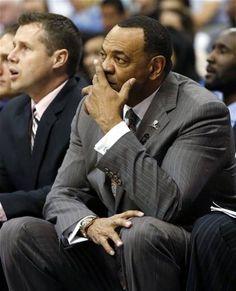 Memphis Grizzlies head coach Lionel Hollins