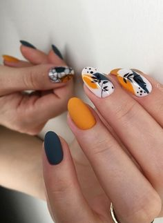 Natural short manicure nails, Matte short nails design, short nails acrylic, sho… - Beauty is Art Dope Nails, Fun Nails, Pretty Nails, Matte Nails, Black Nails, Acrylic Nails, Coffin Nails, Short Nail Designs, Gel Nail Designs