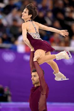 Meagan Duhamel and Eric Radford of Canada compete during the Pair Skating Free Skating at Gangneung Ice Arena on February 15 2018 in Gangneung South...