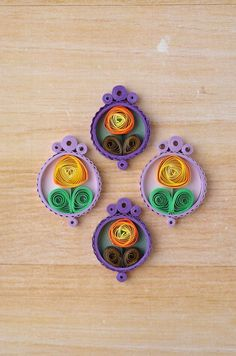 You can make these quilled floral earrings. Light and easy for spring and summer. #paperearrings #quilling #quilledjewelry