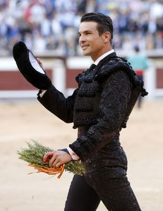 matador bulge: 14 thousand results found on Yandex. Matador Costume, Male Peacock, Mexican Men, Bull Riders, Its A Mans World, Mexican Dresses, Beautiful Costumes, Student Fashion, Handsome Actors