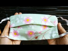 How to make Face Mask with Filter Pocket Sewing Hacks, Sewing Tutorials, Sewing Patterns, Sewing Projects, Easy Face Masks, Diy Face Mask, Youtube How To Make, Simple Face, Creation Couture