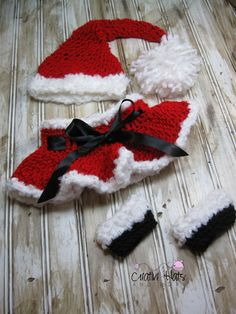 Crochet Christmas set Newborn-12 months ~ this is a finished product to purchase