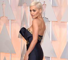 rita ora oscar | Rita Ora bares all in very revealing dress at Oscars 2015 - Showbiz ...
