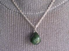 Silver necklace with jade pendant Jade Pendant, Pendant Necklace, Chainmaille, Silver, Vintage, Jewelry, Jewellery Making, Jewels, Jewlery