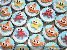 Under the sea cupcakes Sea Cupcakes, Animal Cupcakes, Themed Cupcakes, Cupcake Fondant, Cupcake Toppers, Party Desserts, Just Desserts, Fondant Decorations, Cookies For Kids